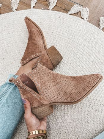 SHOES EVINE